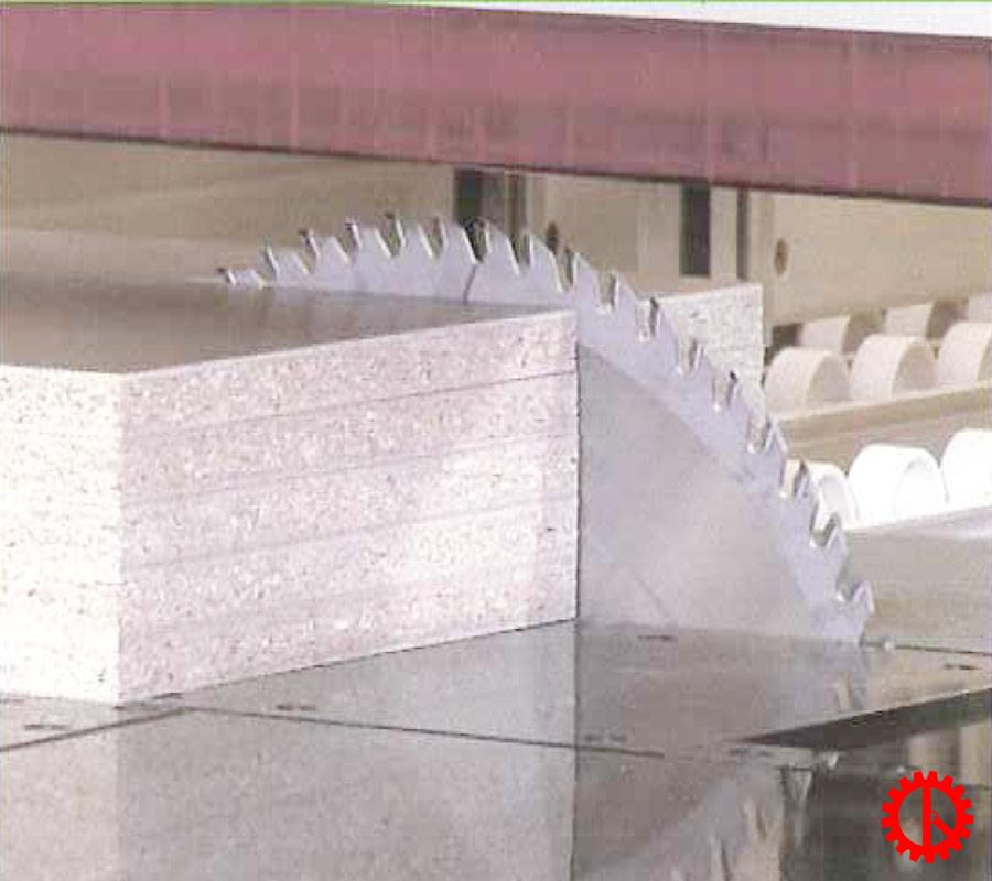 Khả năng cắt ván máy cắt ván công nghiệp beam saw EBT-120LSC   Quốc Duy