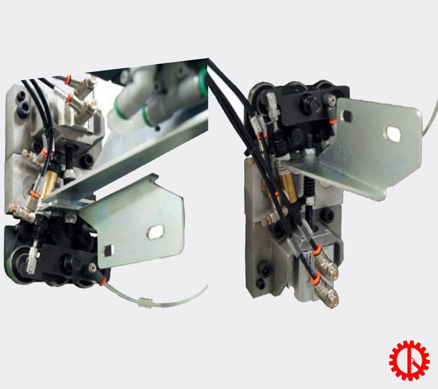 Bộ phận cạo keo máy dán cạnh tự động phay cạnh trước JADE 240 | Quốc Duy