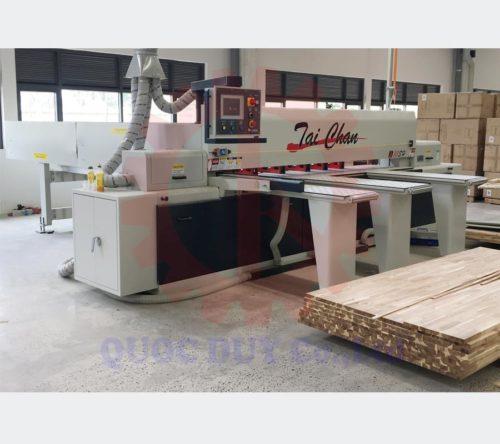 Máy cưa panel saw cnc lập trình cắt mới toanh tại xưởng KH
