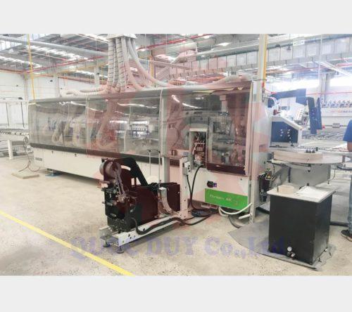 Giao máy dán cạnh cao cấp châu âu tại xưởng khách hàng